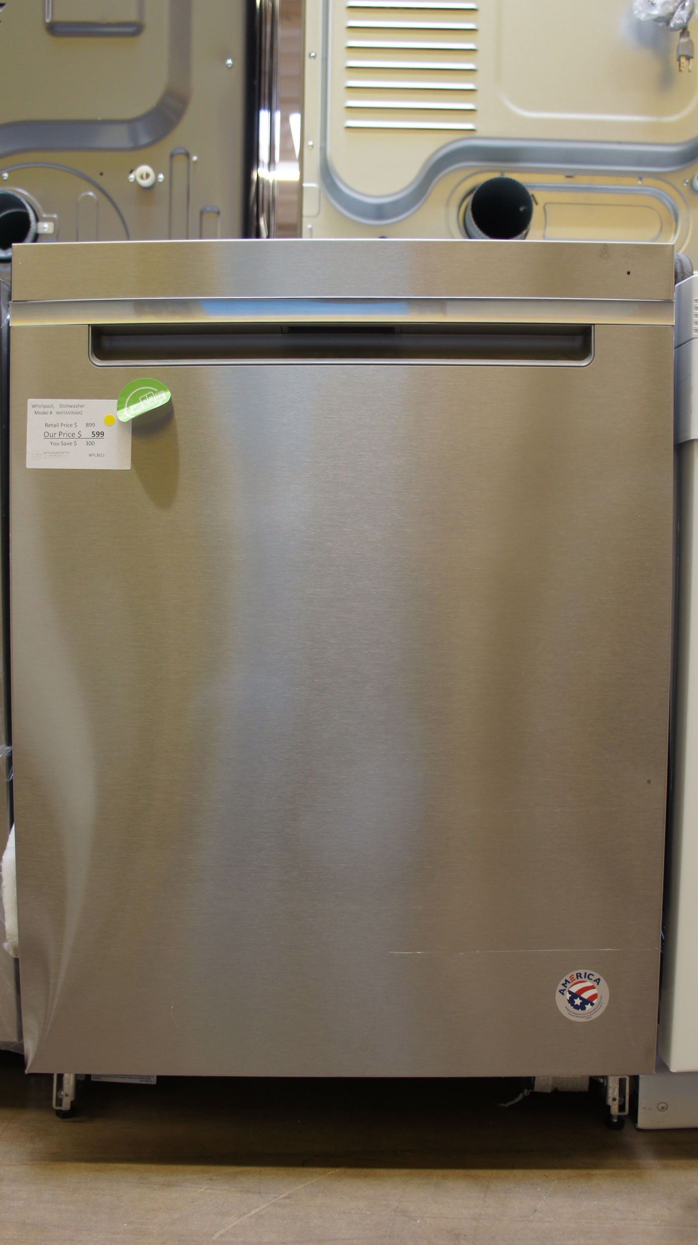 "24"" Whirlpool WDTA50SAHZ Dishwasher"