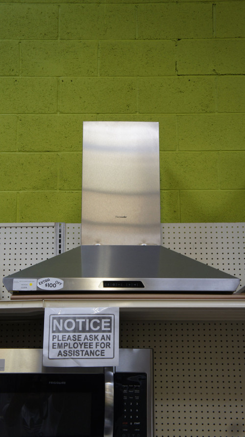 "36"" Thermador HMCN36FS Wall Mount Chimney Range Hood"