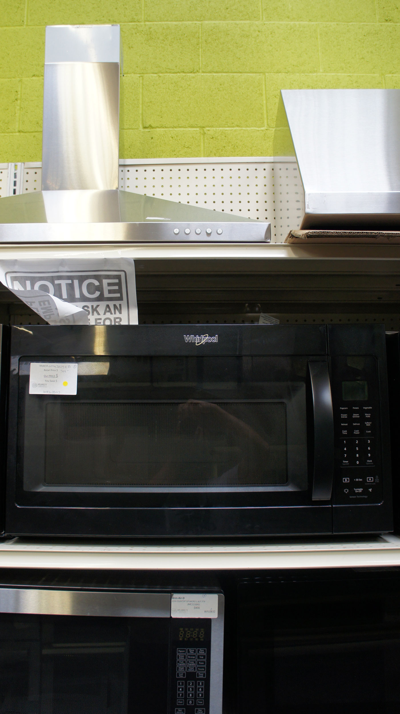 1.9 cu.ft. Whirlpool WMH32519HB Over-The-Range Microwave