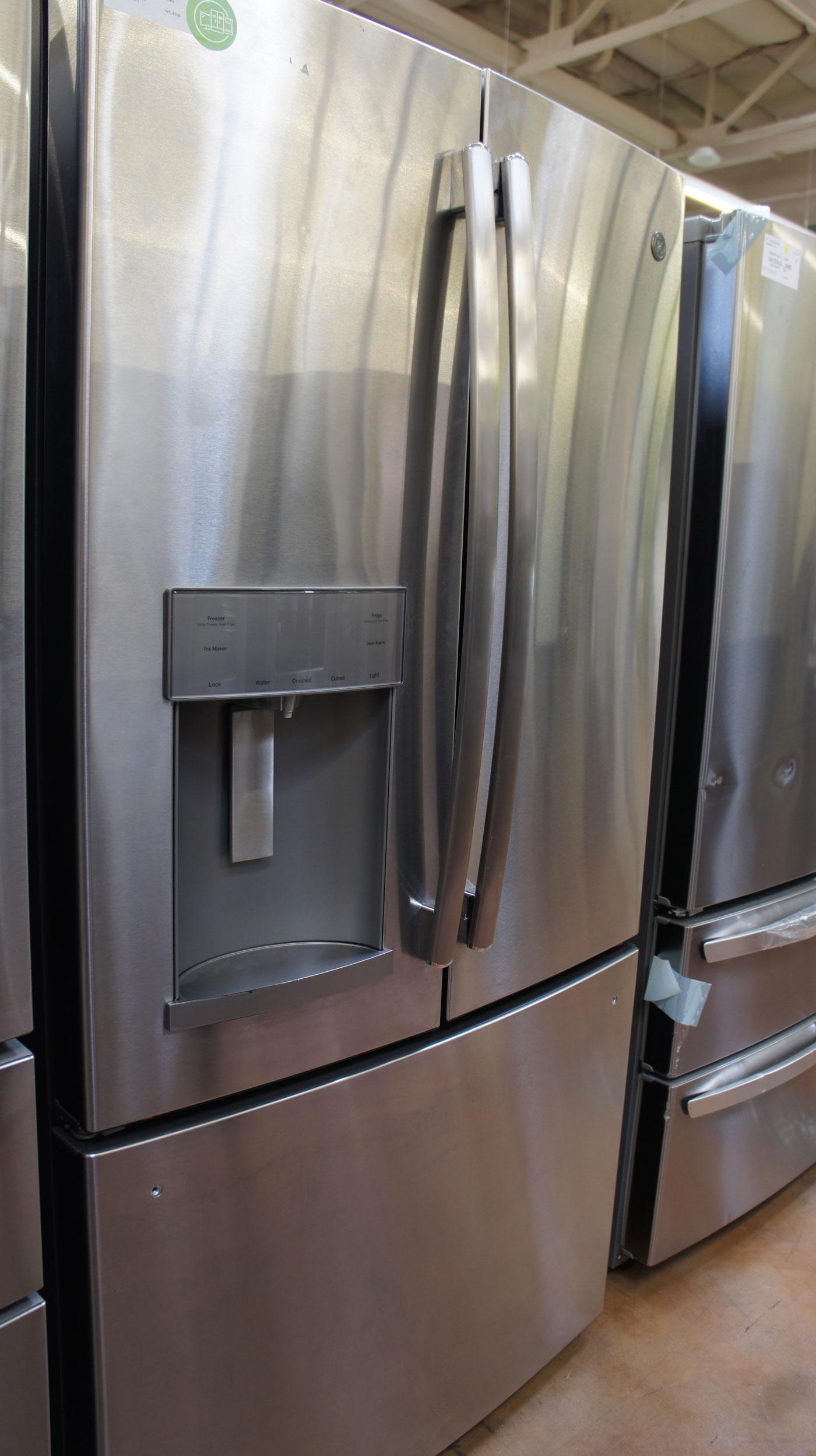 GE GFE28GSKSS French Door Refrigerator