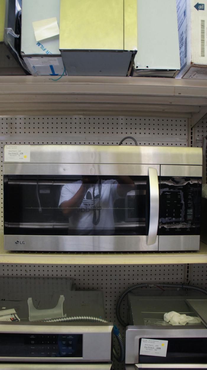 1.7 cu.ft. LG LMV1762ST Over-The-Range Microwave Oven