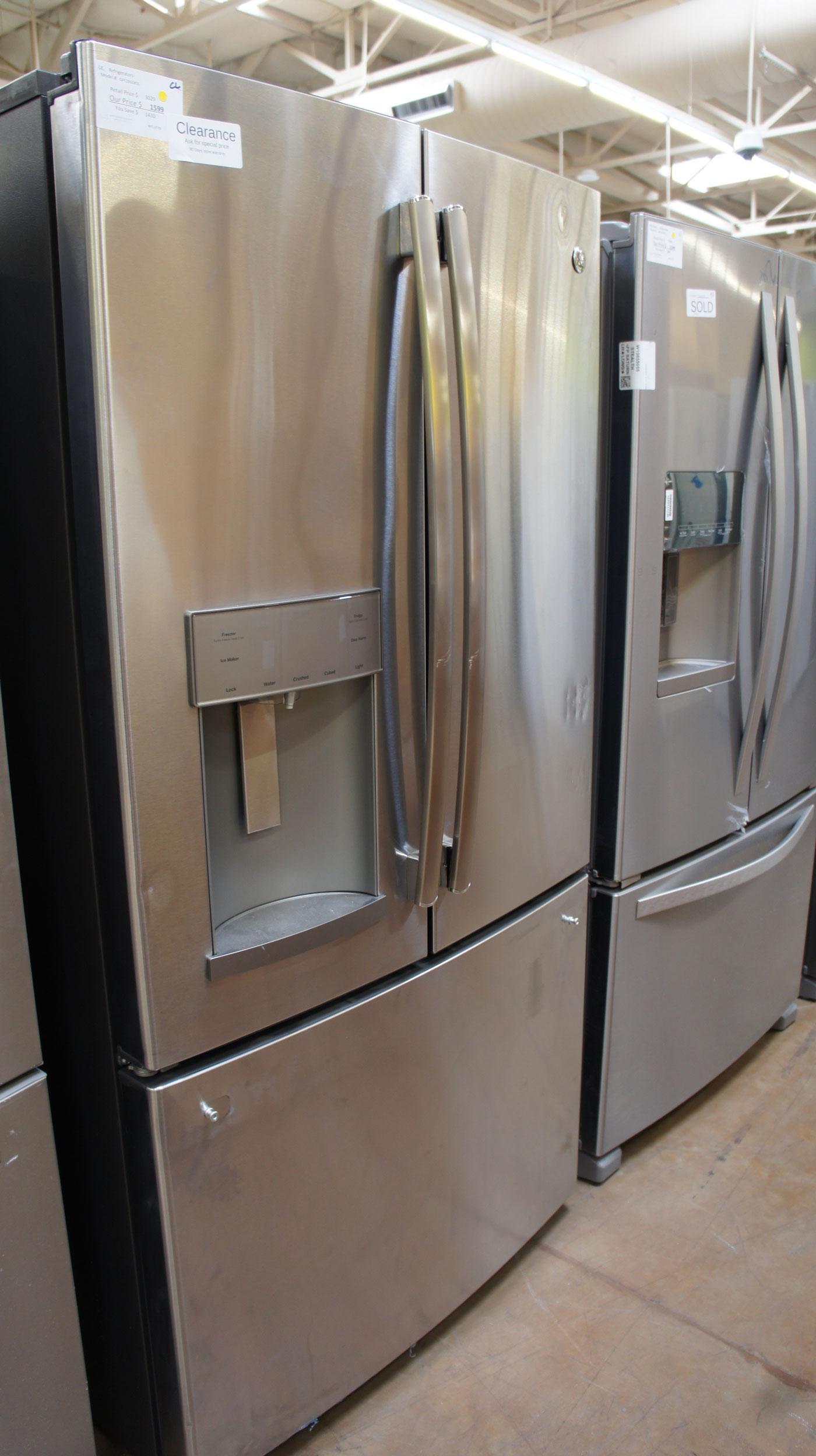 """36"""" GE GFE28GSKSS 27.8 cu.ft. French Door Refrigerator"""