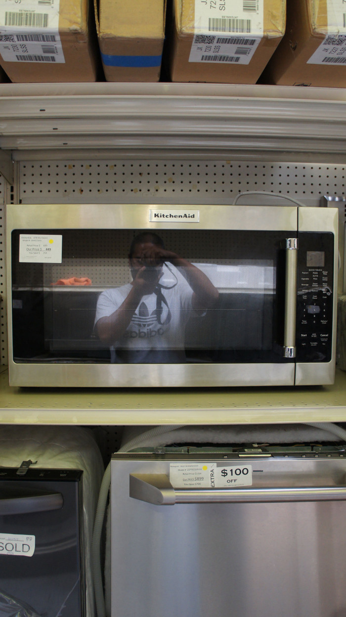 2.0 cu.ft. KitchenAid KMHS120ESS Over-The-Range Microwave Oven
