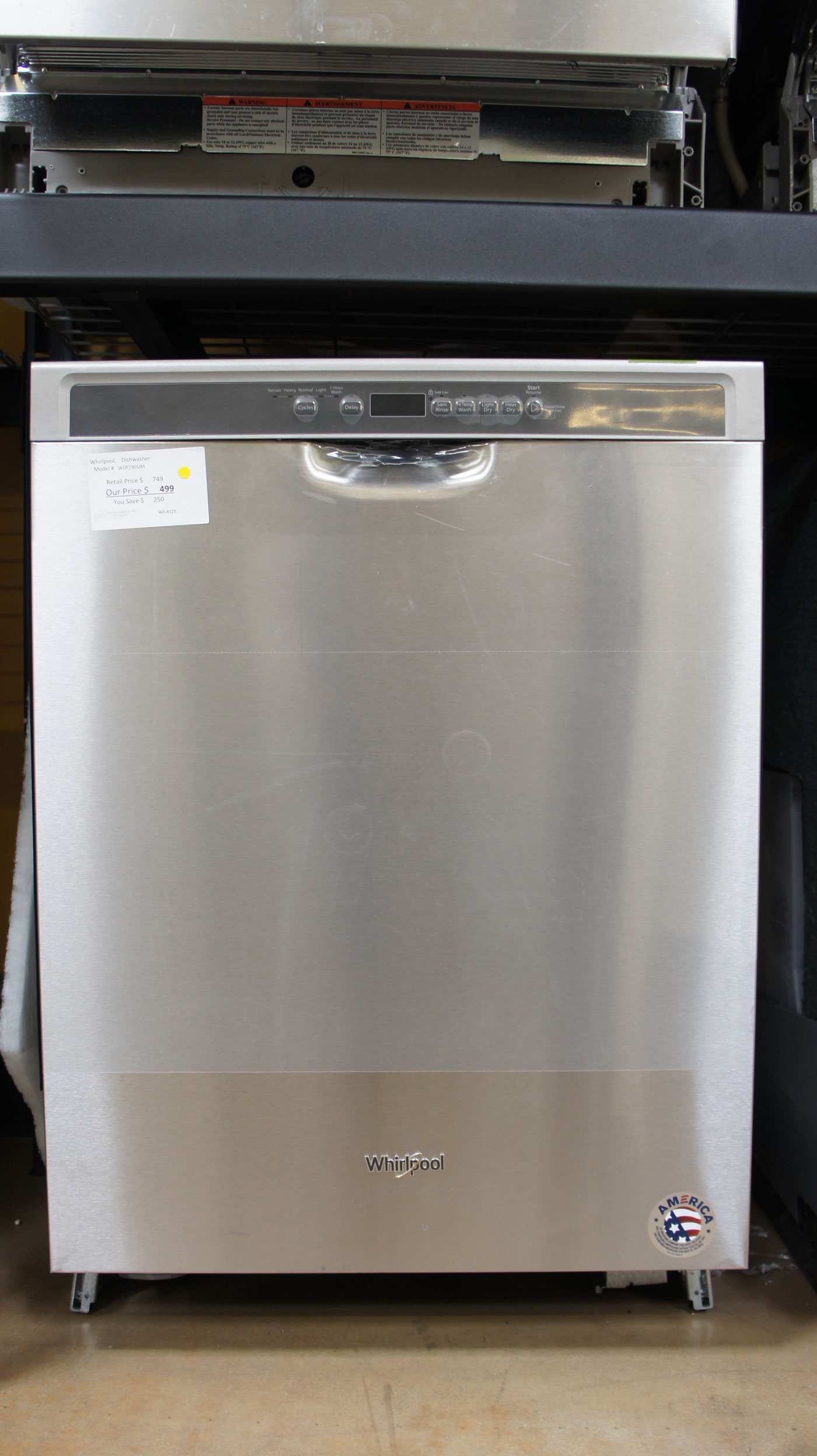 "24"" Whirlpool WDF590SJM Dishwasher"