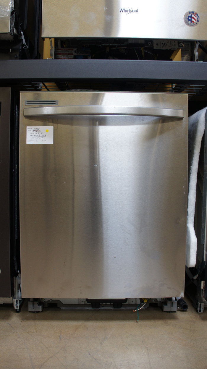 "24"" Samsung DW80R2031US Dishwasher"