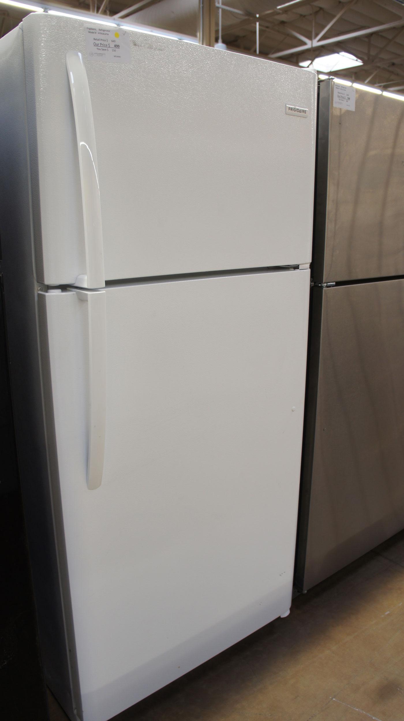 """30"""" Frigidaire Top Freezer 18 cu.ft. Refrigerator"""