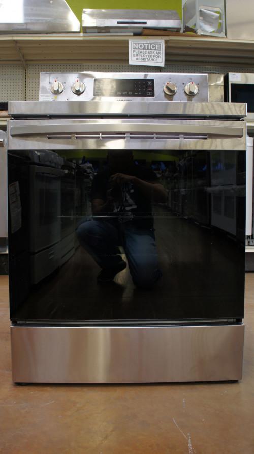 "30"" Samsung NE59R4321SS 5.9 cu.ft. Freestanding Electgric Range"