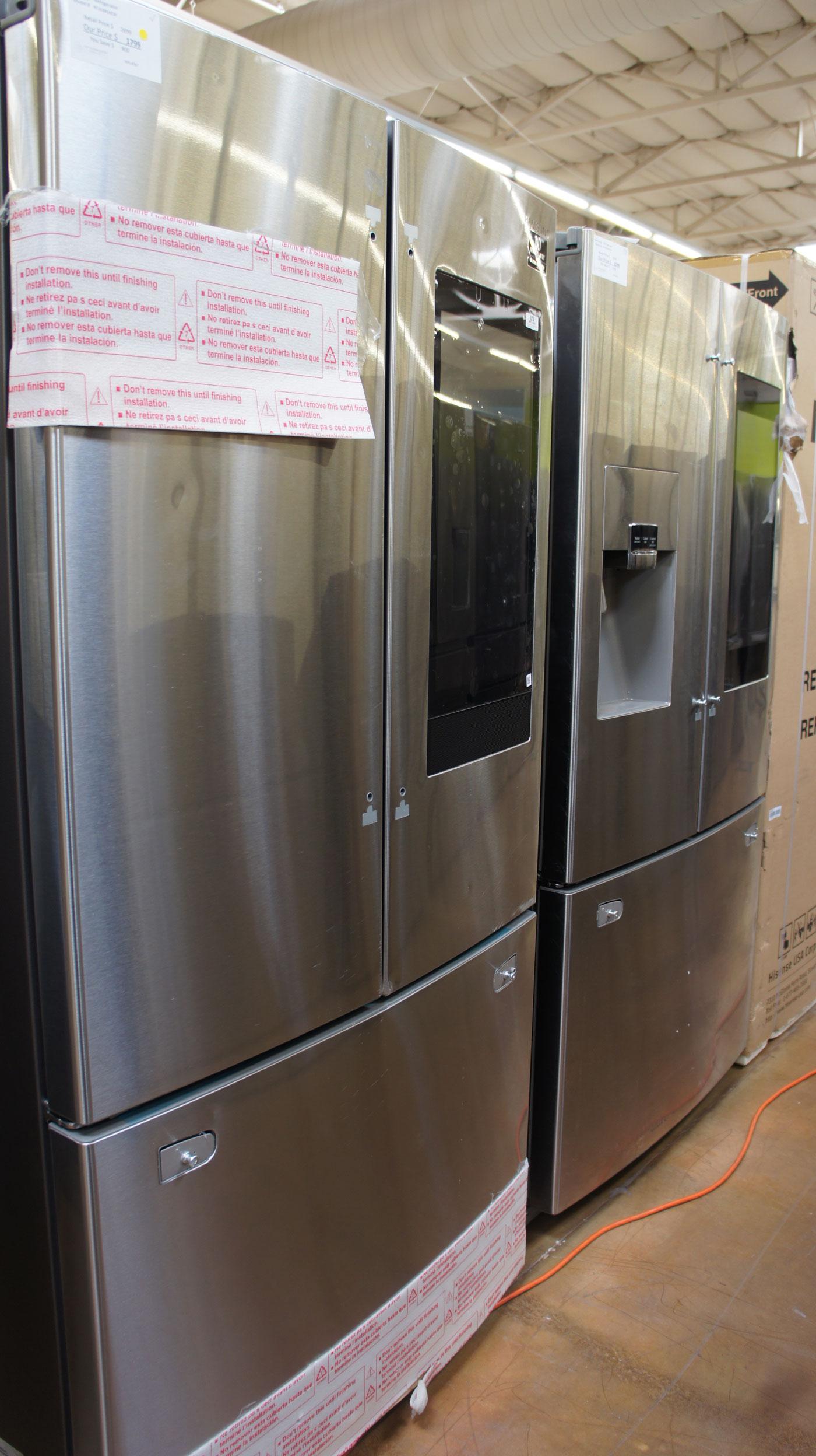 Samsung RF262BEAESR Family Hub Refrigerator