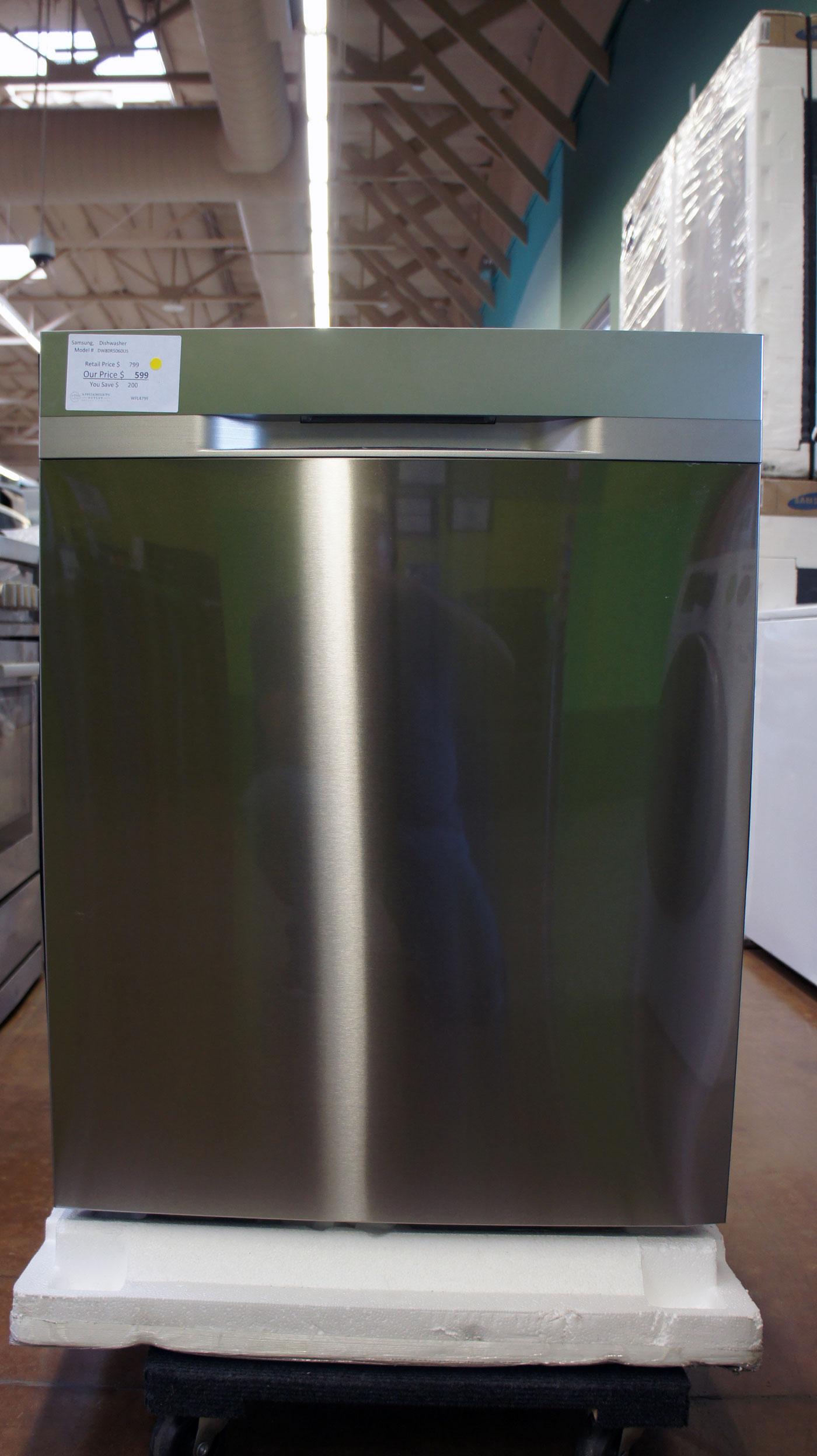 """24"""" Samsung DW80R5060US Fully Integrated Dishwasher"""