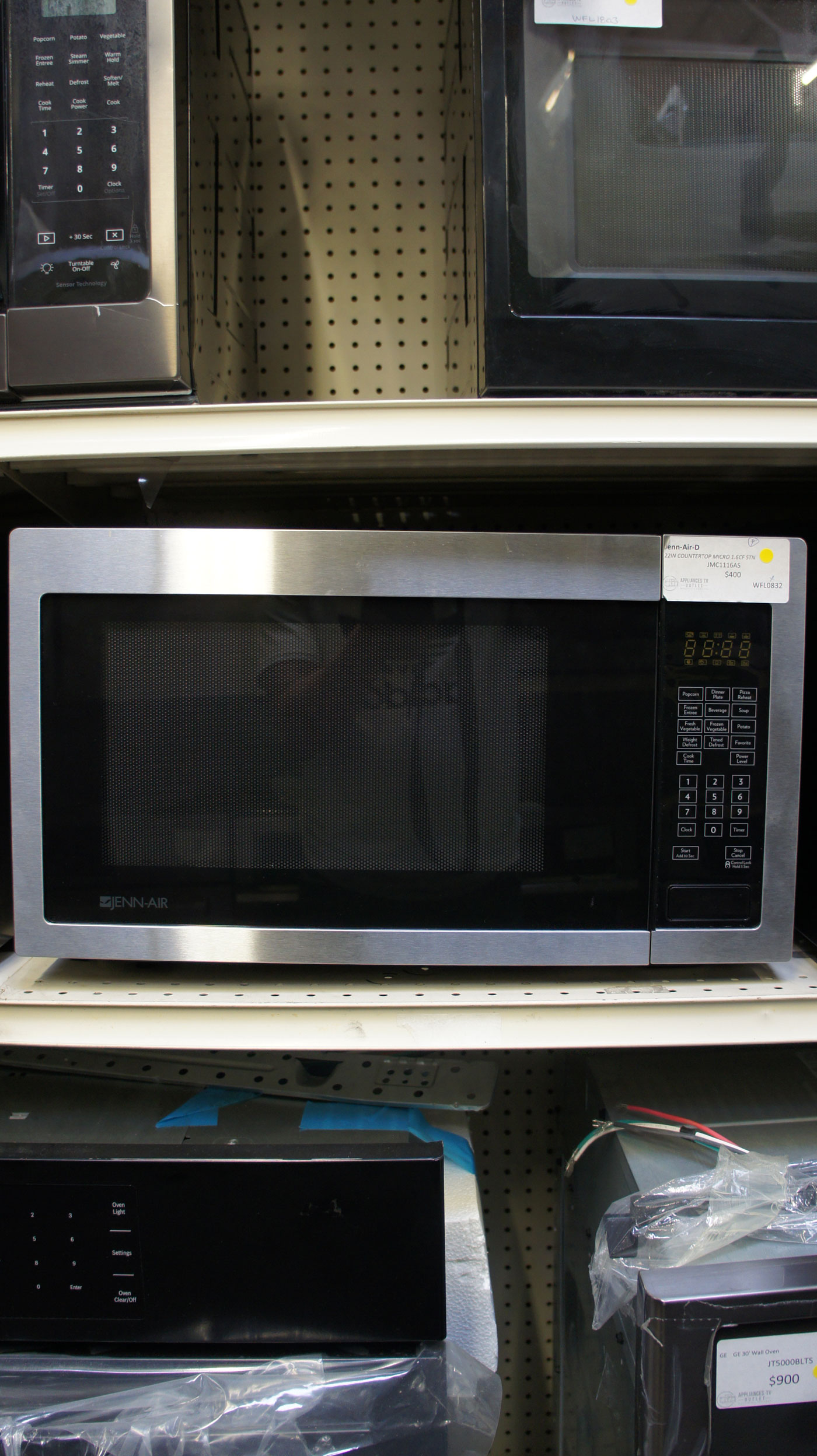 "22"" JennAir JMC1116AS 1.6 cu.ft. Capacity Microwave Oven"