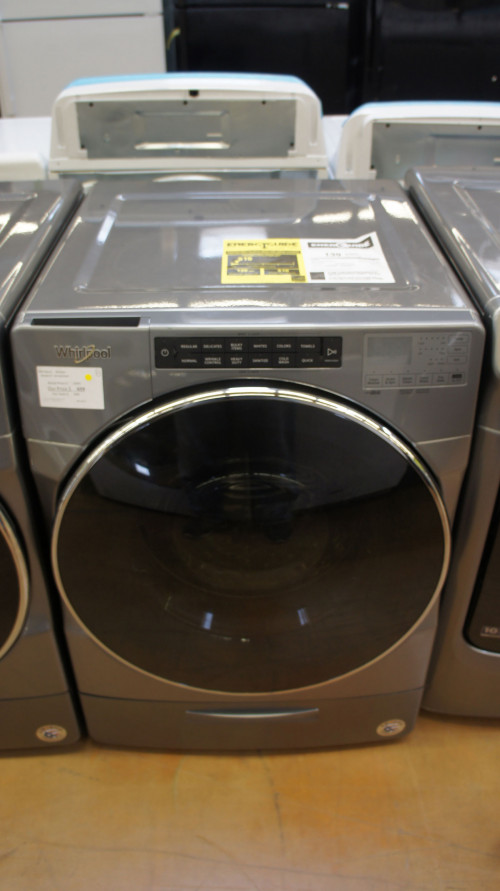 """27"""" Whirlpool WFW6620HC 4.5 cu.ft. Capacity Front Load Washer"""