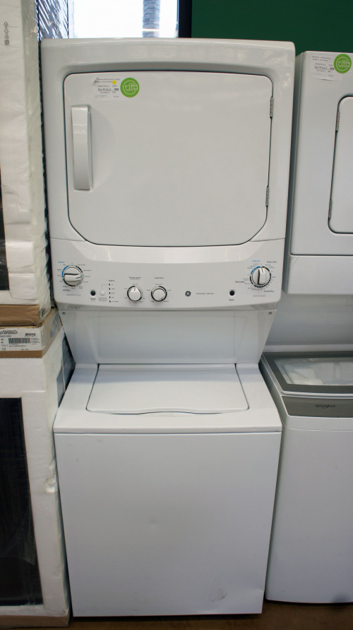 "27"" GE GUD27ESSMWW Electric Laundry Center"