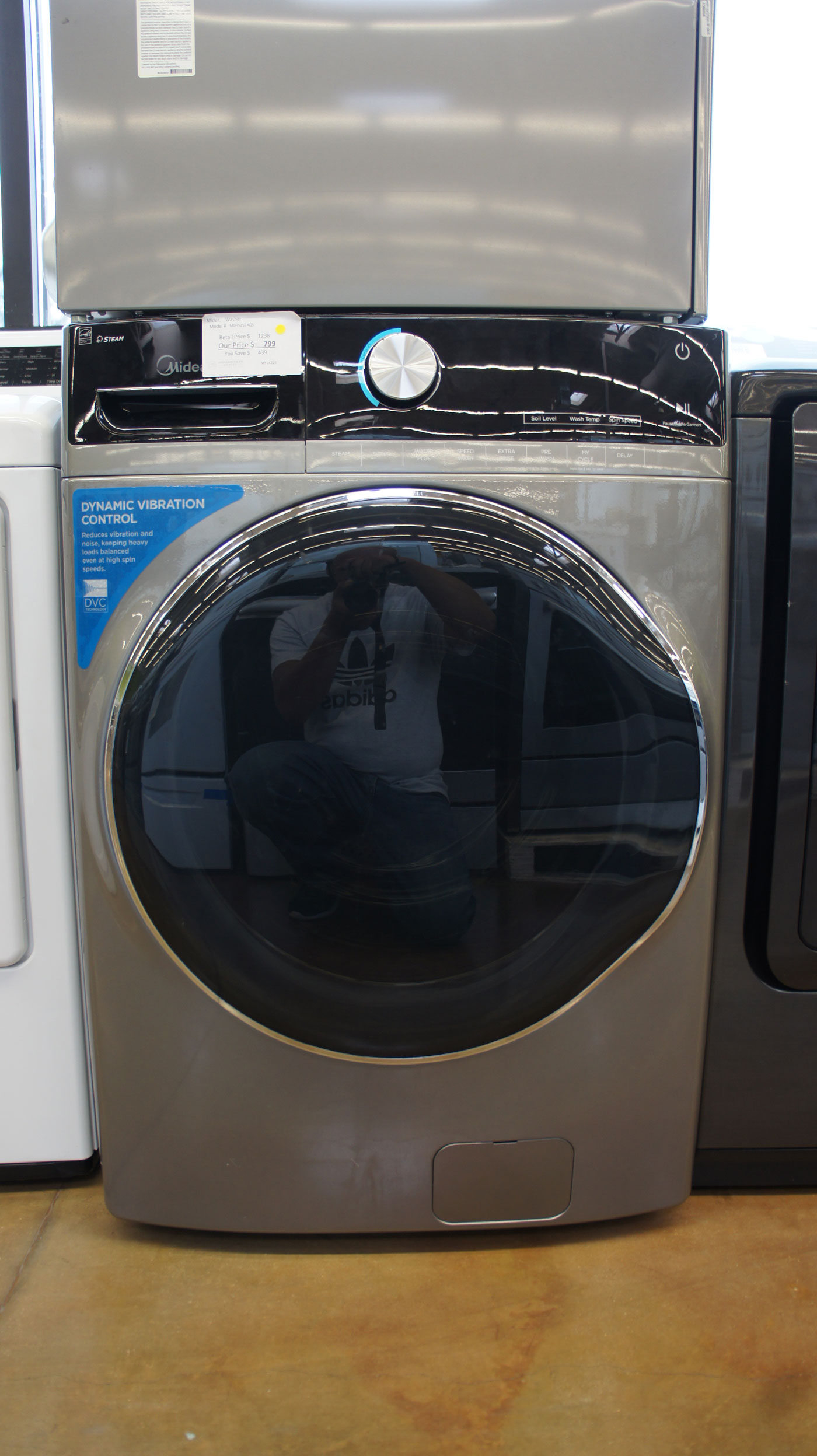 """27"""" Midea MLH52S7AGS 5.2 cu.ft. Capacity Front Load Electric Washer"""