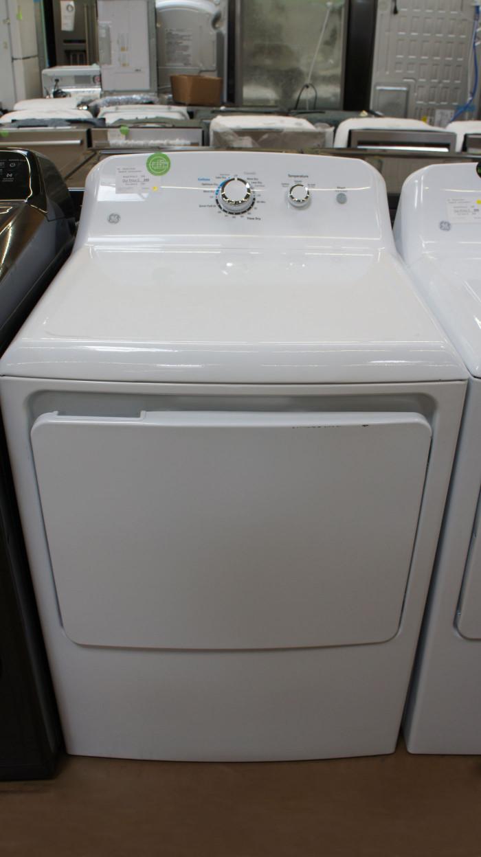"""27"""" GE GTD33EASKWW 7.2 cu.ft. Capacity Electric Dryer"""