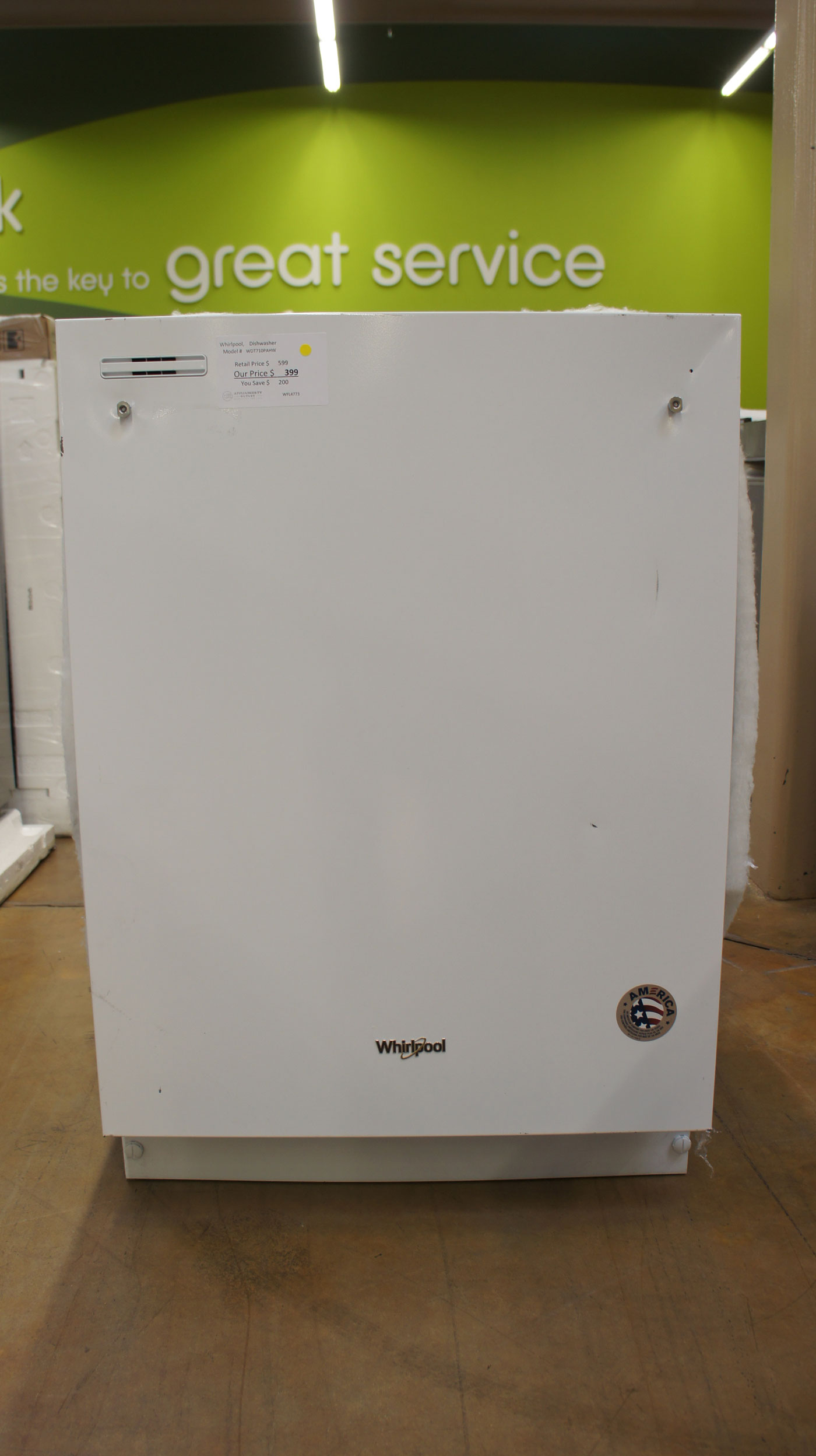 "24"" Whirlpool WDT710PAHW Dishwasher"
