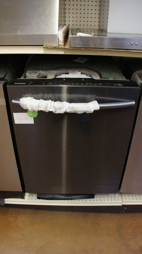"24"" Samsung DW80K7050UG Built-In Fully Integrated Dishwasher"