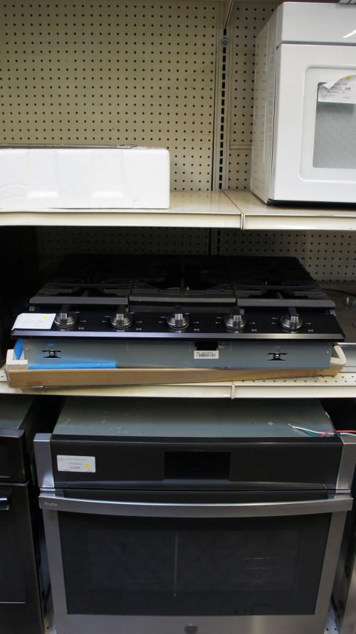 """30"""" Samsung NA30K7752TG 5-Burner Gas Cooktop"""
