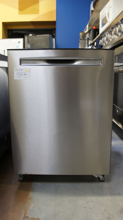 """24"""" Frigidaire FGIP2468UF Built-In Fully Integrated Dishwasher"""