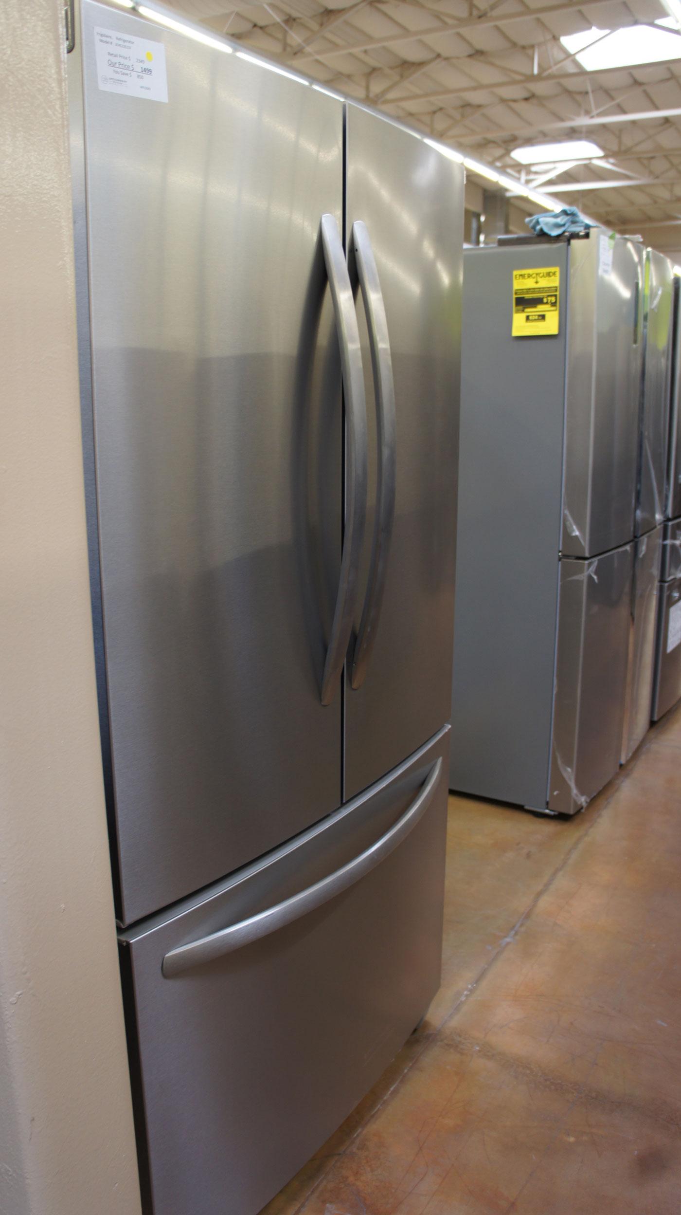"36"" Frigidaire LFHG2251TF 22.4 cu.ft. Capacity French Door Refrigerator"