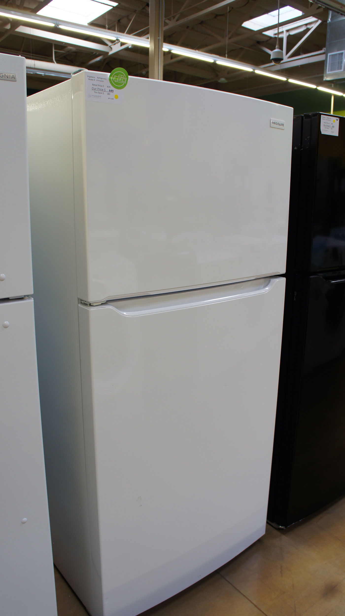 "30"" Frigidaire FFTR1835VW Top Freezer"