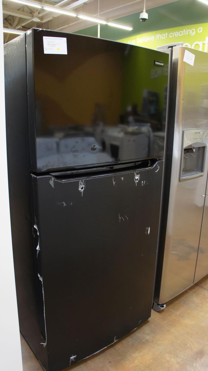 """30"""" Frigidaire FFHT1835VB Top Freezer Refrigerator"""