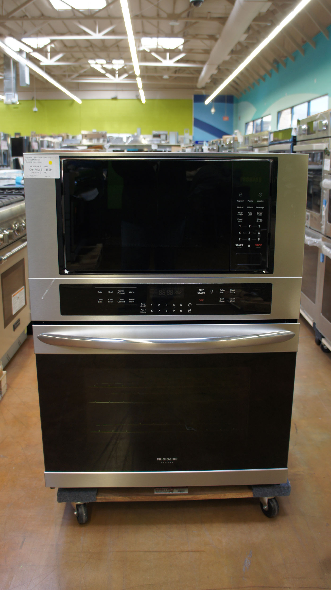 """30"""" Frigidaire FGMC3066UF Double Wall Oven"""