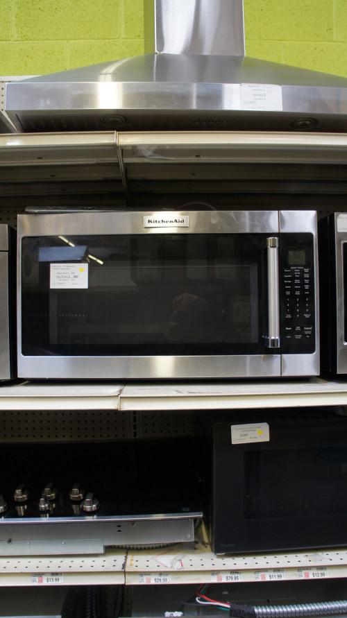 2.0 cu.ft. KitchenAid KMHS120ESS Microwave Oven