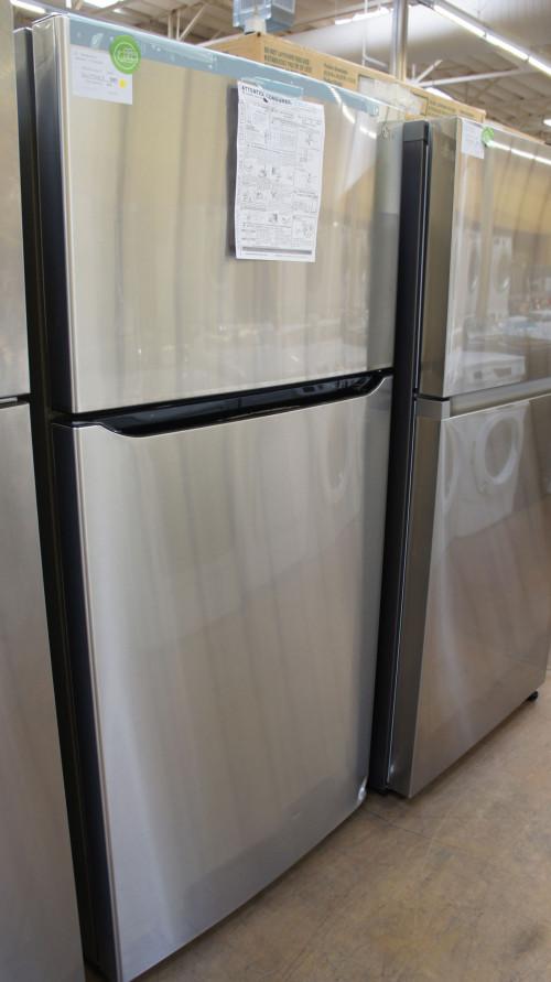 "33"" LG LTWS24223S Top Freezer Refrigerator"