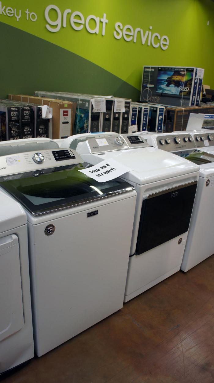 Maytag MVW6230HW MGD7230HW Laundry Set
