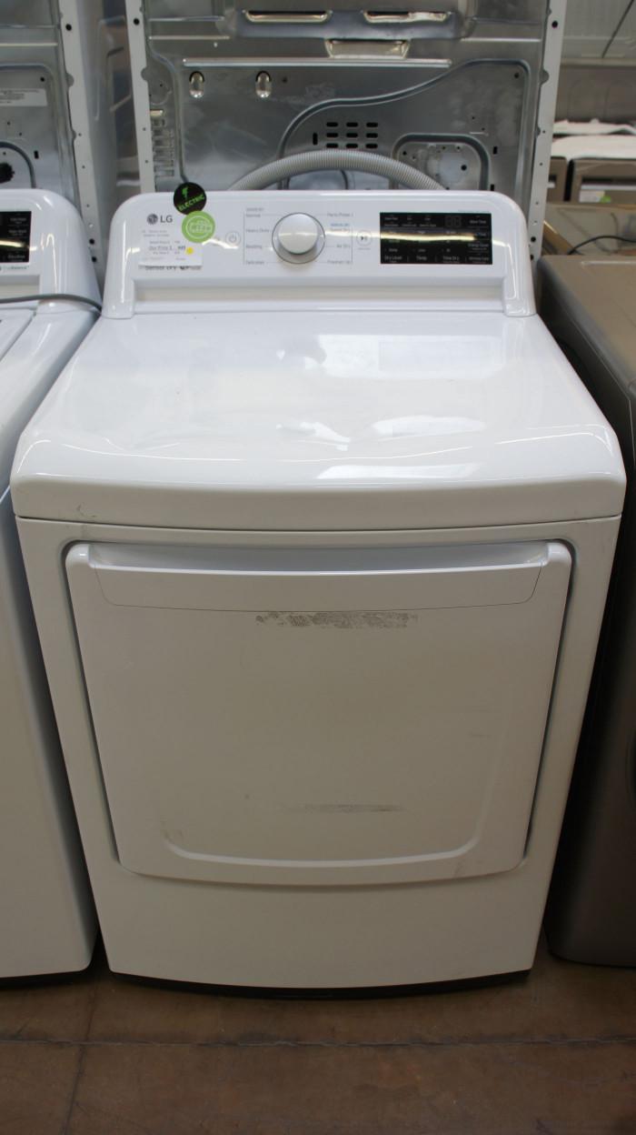"27"" LG DLE7100W Electric Dryer"