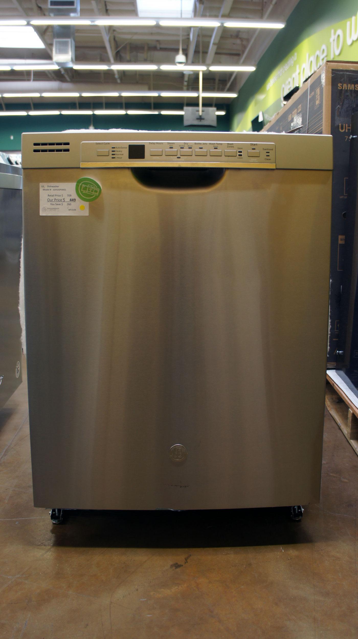"24"" GE GDF630PSMSS Dishwasher"