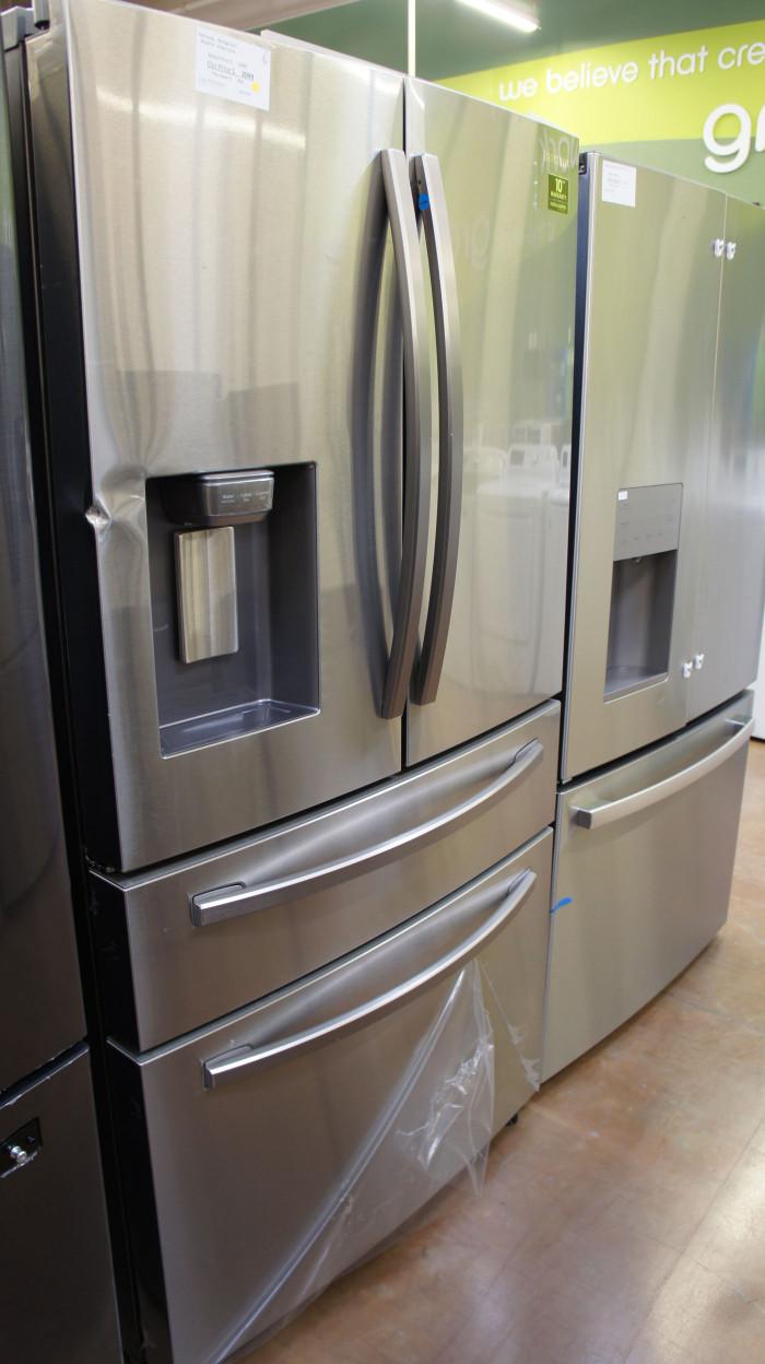 """36"""" Samsung RF28R7201SR Refrigerator WFL5207"""