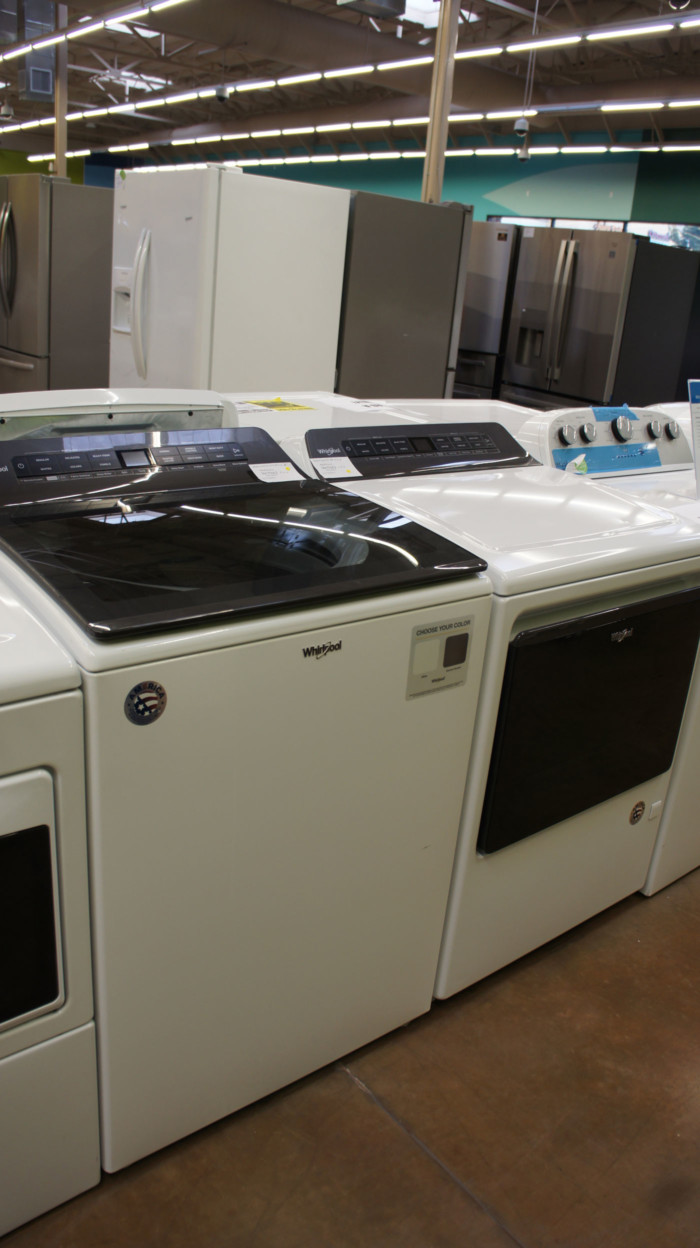 Whirlpool WTW6120HW & WGD5100HW Laundry Set
