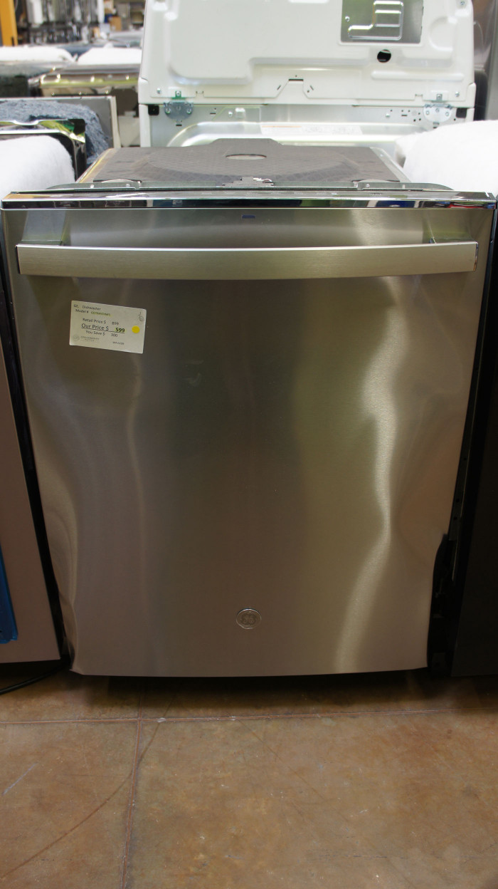 "24"" GE GDT645SYNFS Dishwasher"