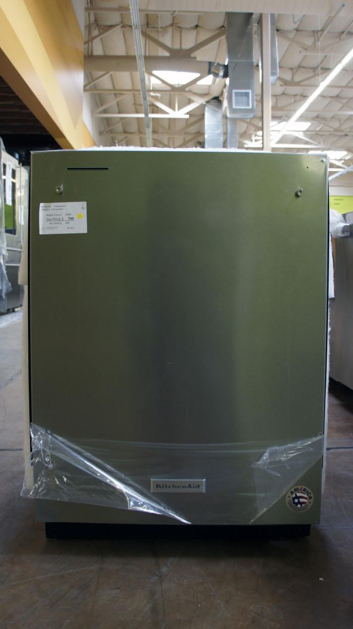 "24"" KitchenAid KDTM404KPS Dishwasher"