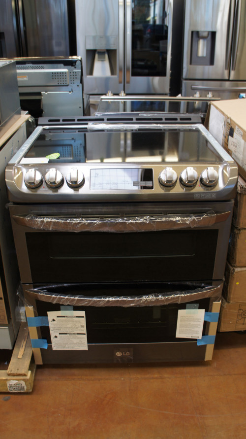 LG Capacity Electric Smart Range