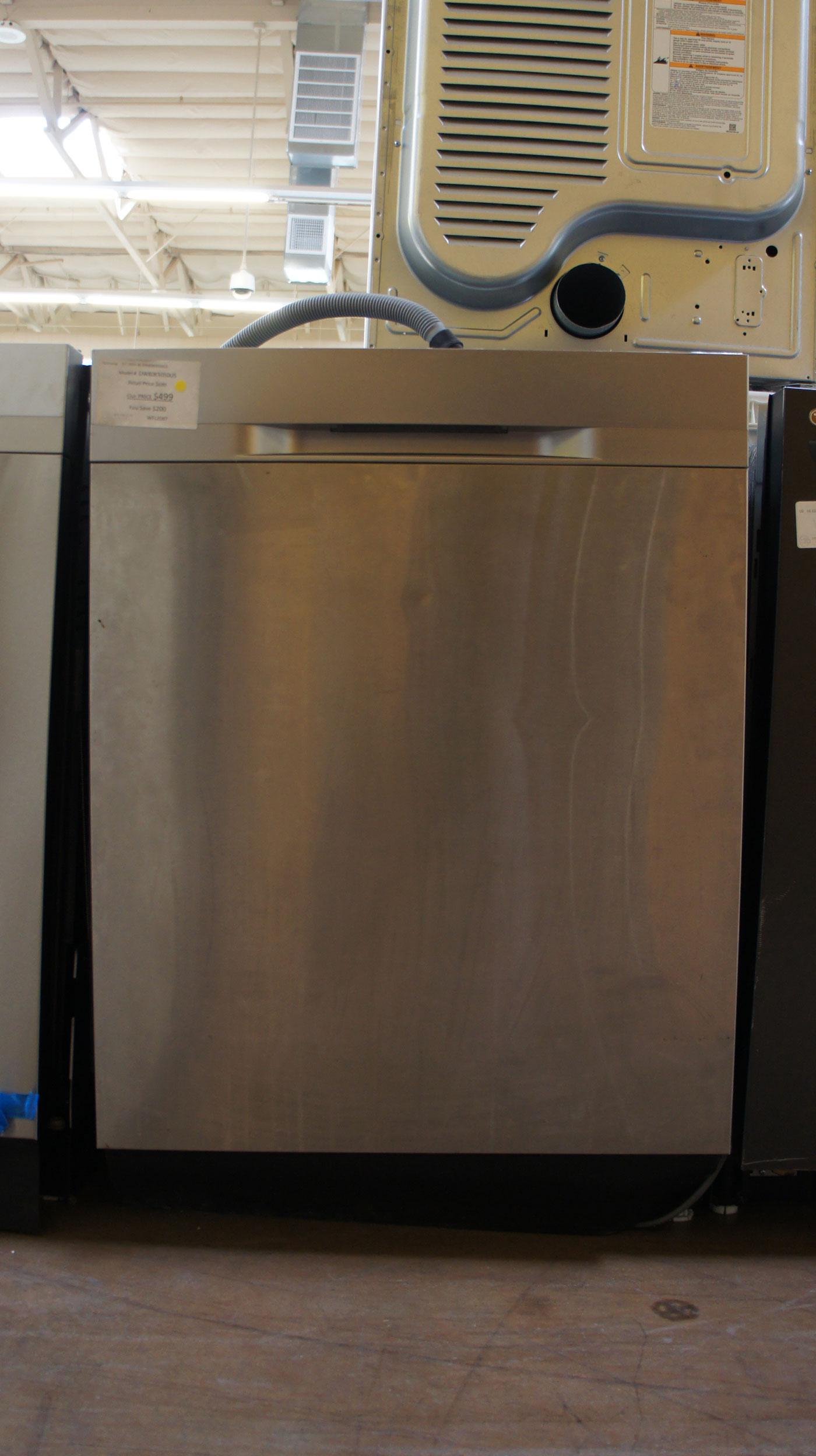"24"" Samsung DW80K5050US Dishwasher"