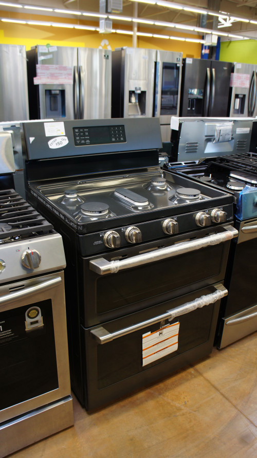"30"" Cafe CGB550P3MD1 Freestanding Gas Range"