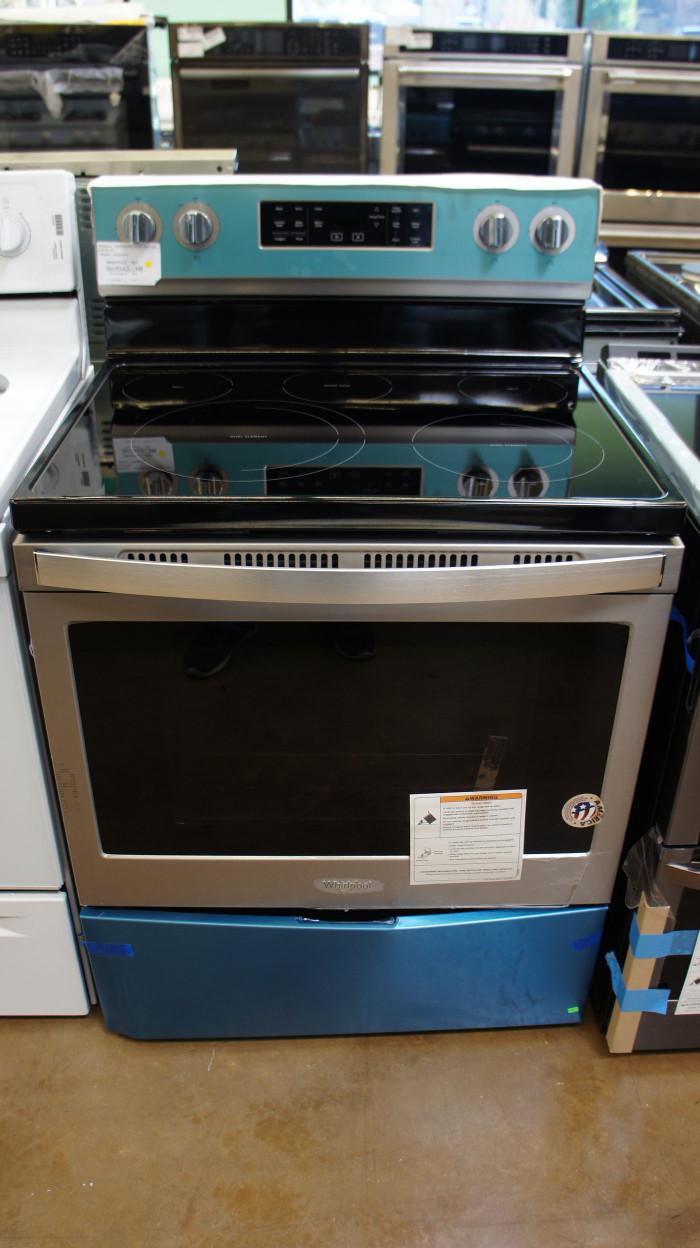 "30"" Whirlpool WFE550S0HZ Electric Range"
