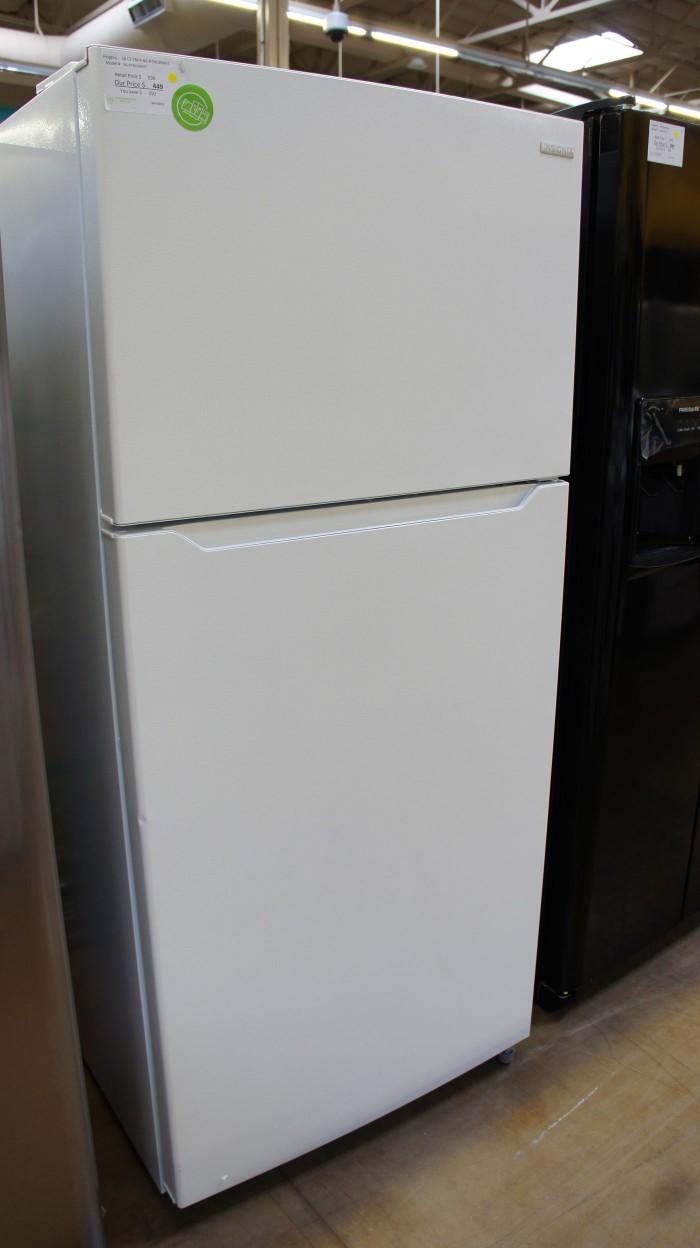 "30"" Insignia NS-RTM18WH7 Top Freezer"