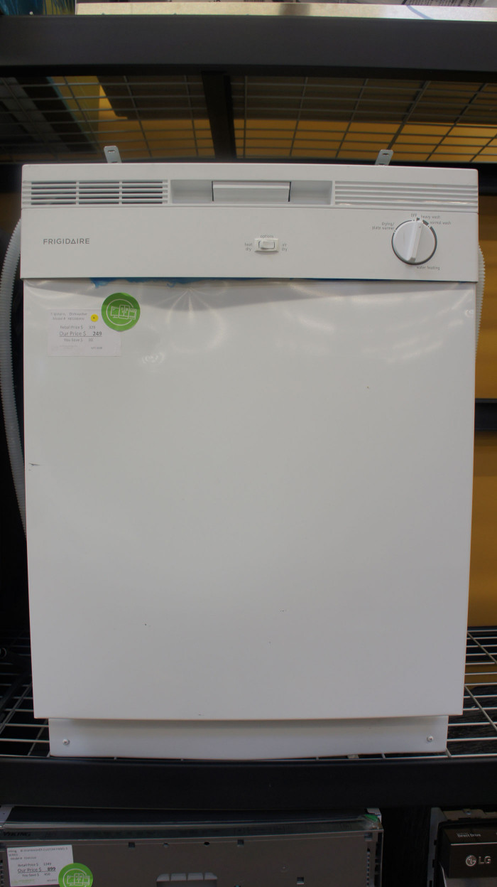 "24"" Frigidaire FBD2400KW Full Console Dishwasher"