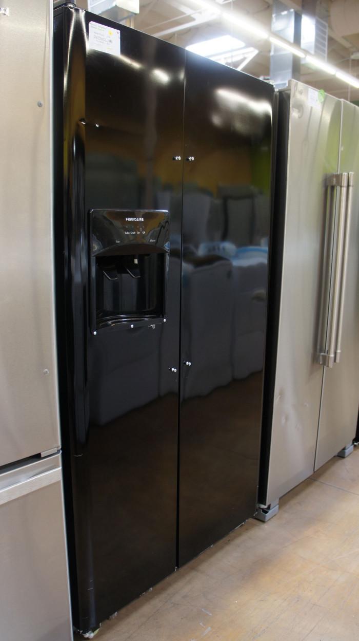 "36"" Frigidaire LFSS2612TE 25.5 cu.ft. Side-by-Side Refrigerator"