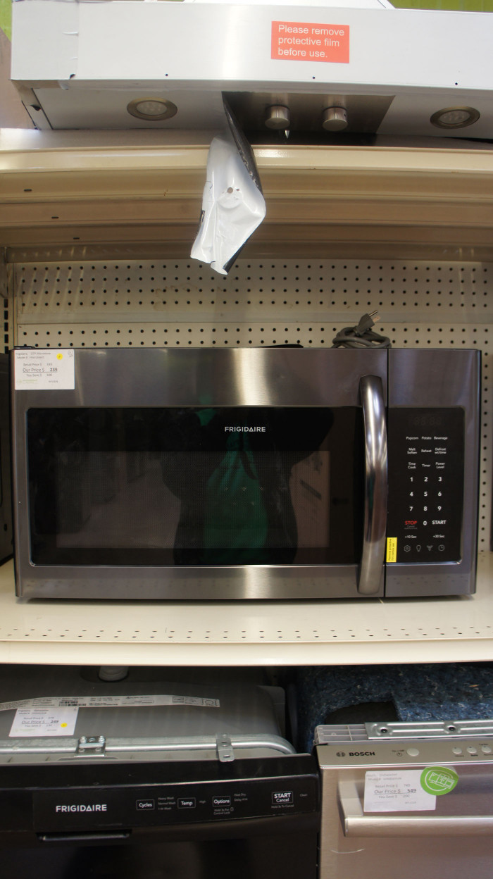 "30"" Frigidaire FFMV1846VD 1.8 cu.ft. Over-The-Range Microwave"