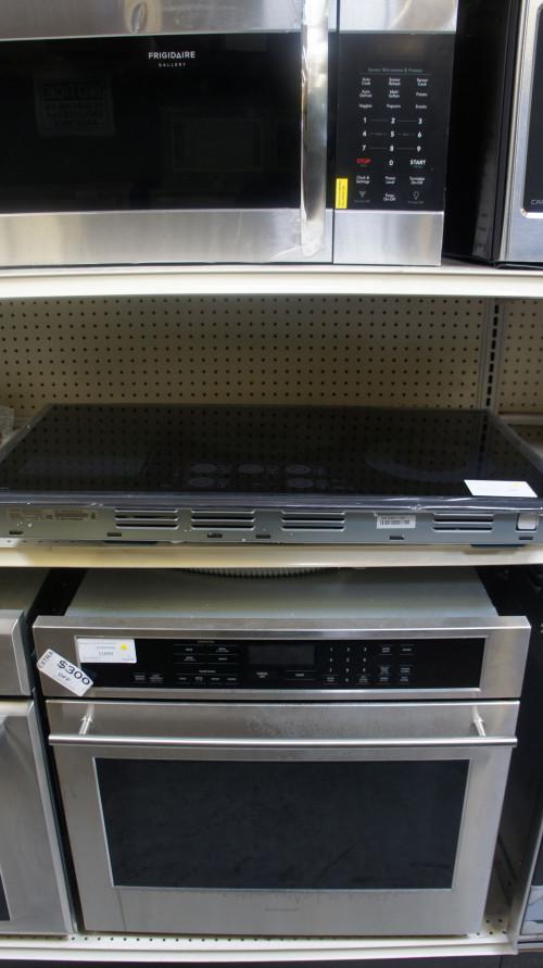 "36"" Samsung NZ36K7880UG Induction Cooktop"
