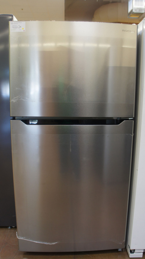 "33"" Insignia NS-RTM21SS7 21 cu.ft. Top-Freezer Refrigerator"