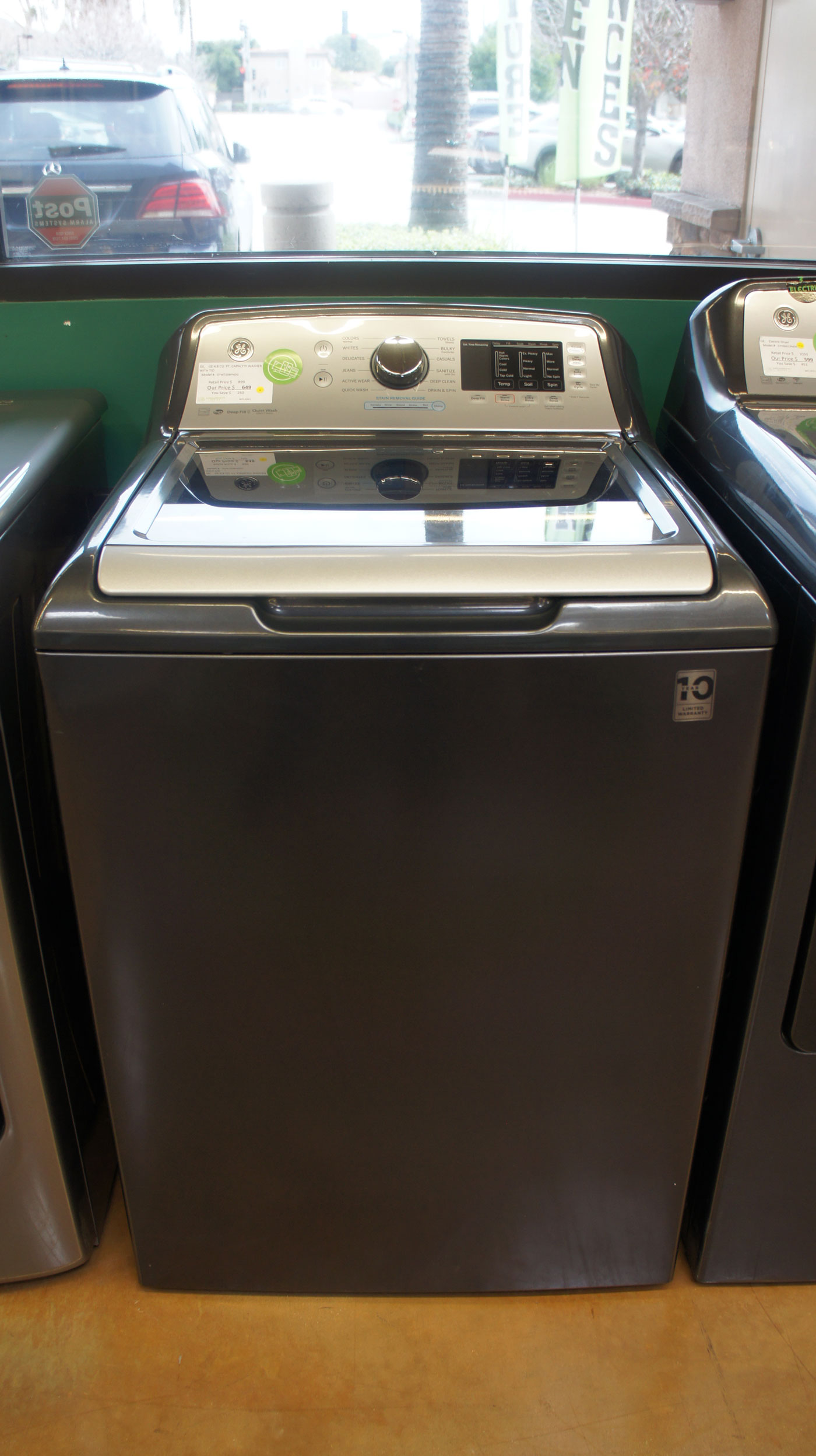 """27"""" GE GTW720BPNDG Top-Load Washer"""