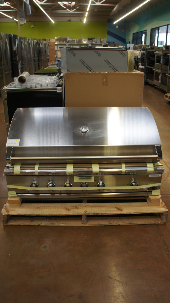 """48"""" DCS by Fisher & Paykel BH148RL Built-In Gas Grill"""