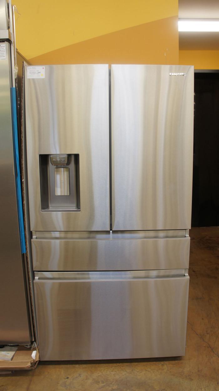 "36"" Samsung RF23M8070SR 22.7cu.ft. French Door Refrigerator"