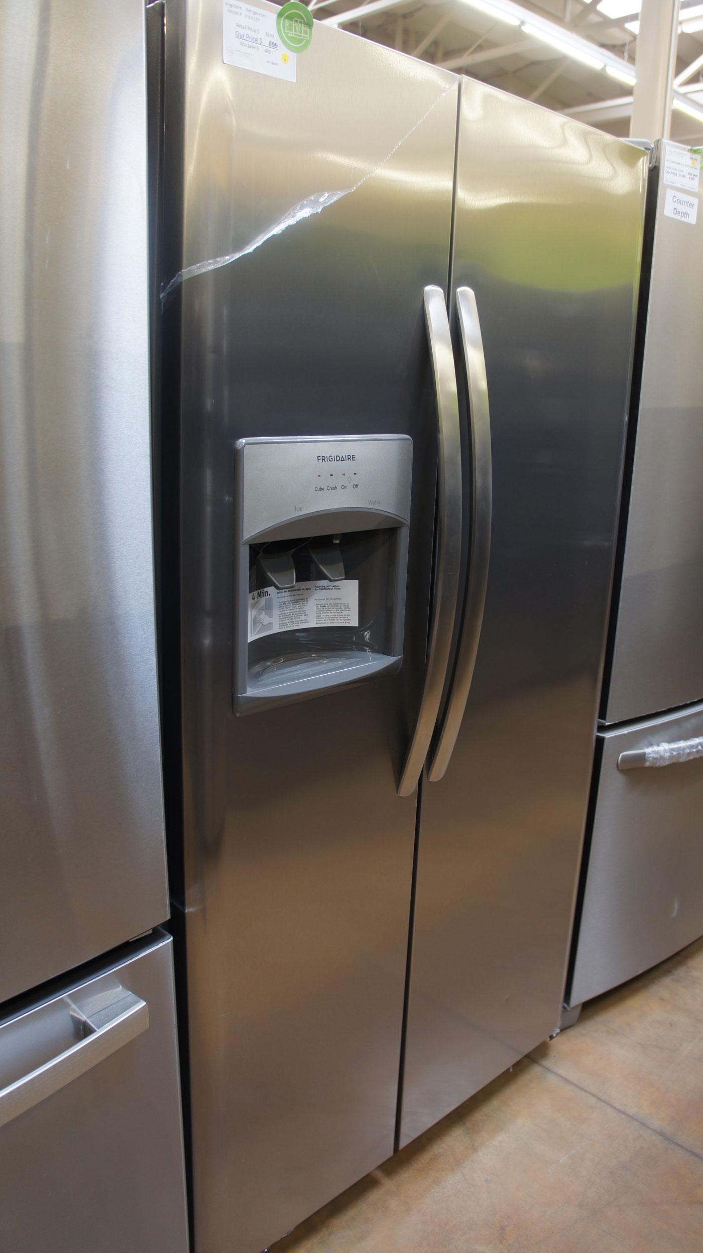 "36"" Frigidaire LFSS2612TF 25.5 cu.ft. Side-By-Side Refrigerator"