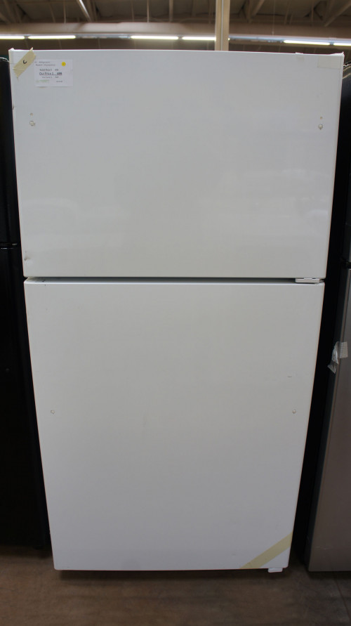 "33"" GE GTS22KGNRWW 21.9 cu.ft. Top Freezer Refrigerator"